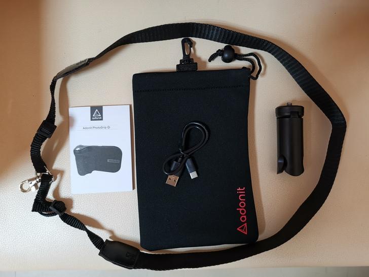 Adonit無線充電藍牙握把PhotoGrip Qi:功能三合一、拍照更便利  - 5