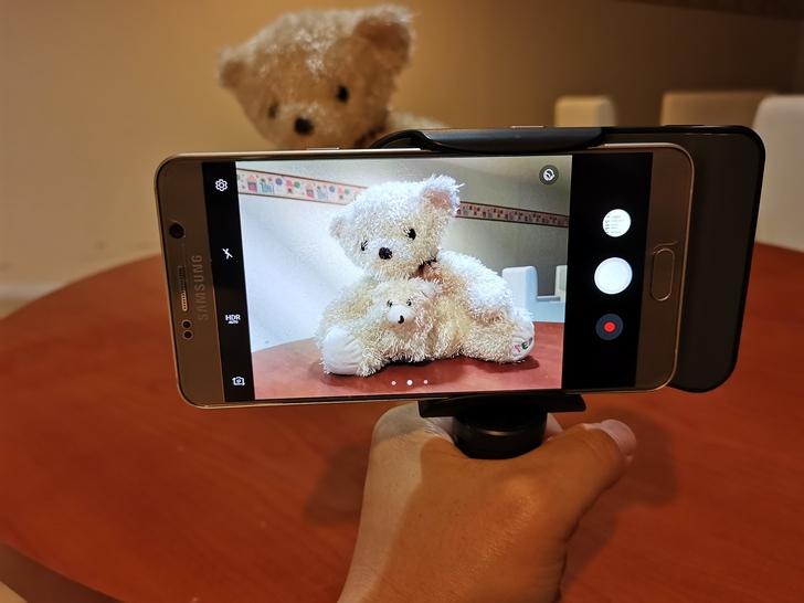 Adonit無線充電藍牙握把PhotoGrip Qi:功能三合一、拍照更便利  - 21